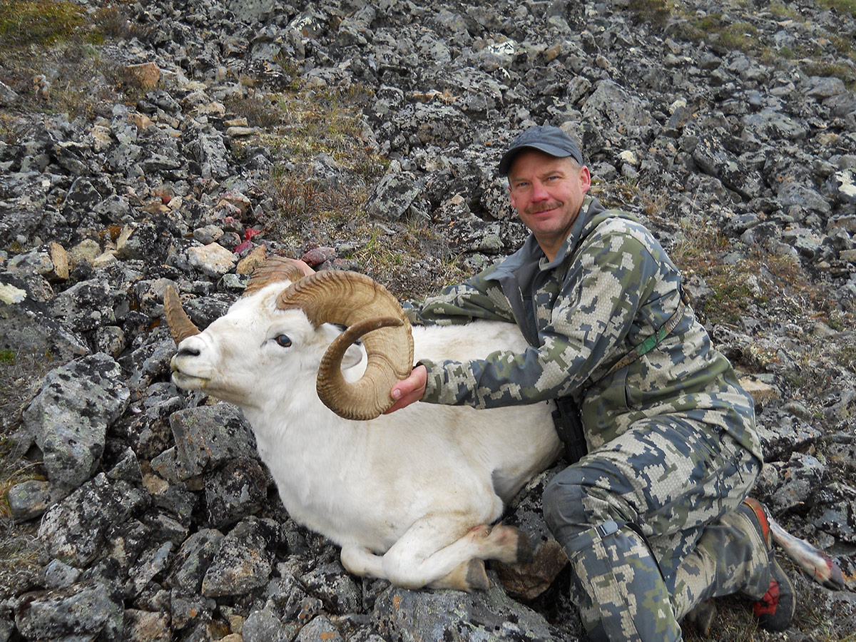 Wild Alaska sheep hunting